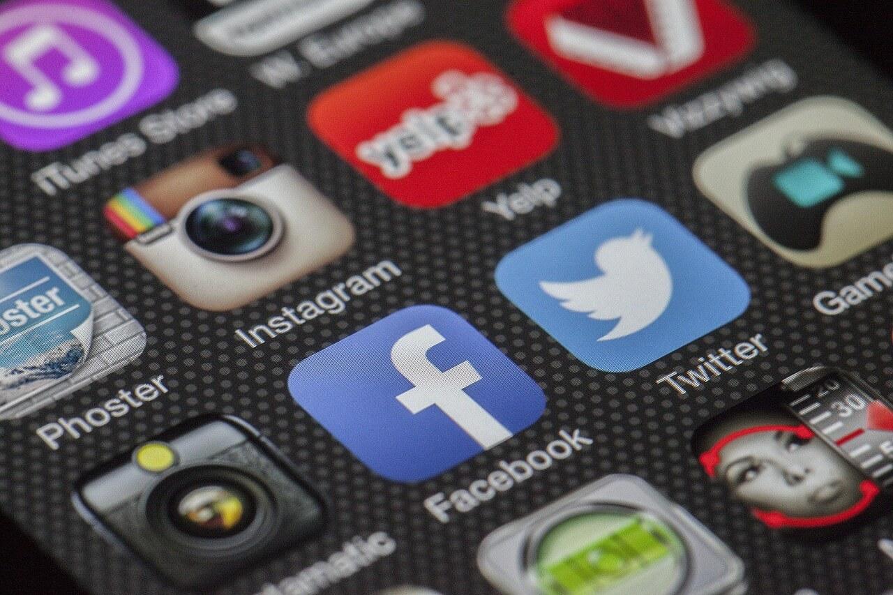 Hasskommentar bei Facebook, Twitter & Co.